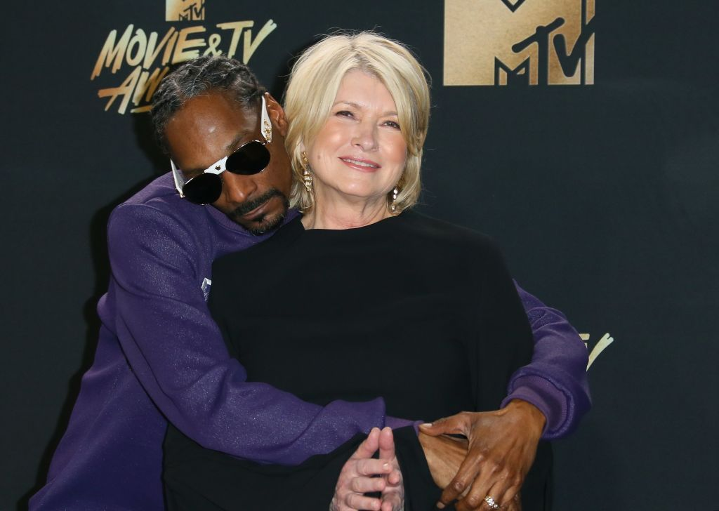 Bag Collection: Martha Stewart & Snoop Dogg Partner With Bic For EZ Reach Lighter