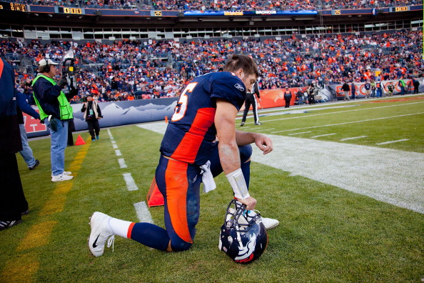 Washed Tim Tebow Getting NFL Contract, Twitter Stares In Colin Kaepernick