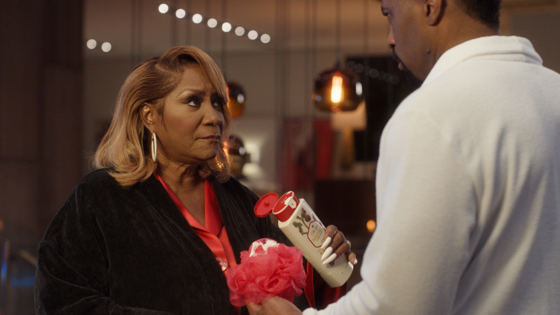 Patti LaBelle Joins Deon Cole & Gabrielle Dennis In New 'Old Spice' Commercial