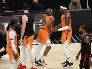 Phoenix Suns v Los Angeles Clippers - Game Six
