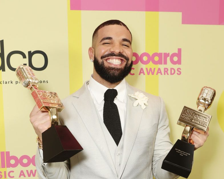 Drake Reveals He Had Covid & His Hairline Fell Victim