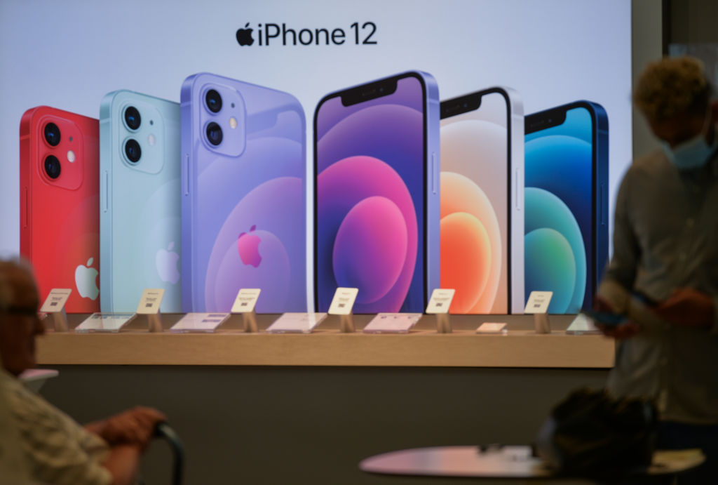 Apple's iPhone 13 Pro & 13 Pro Max Reportedly Will Have 1TB of Storage