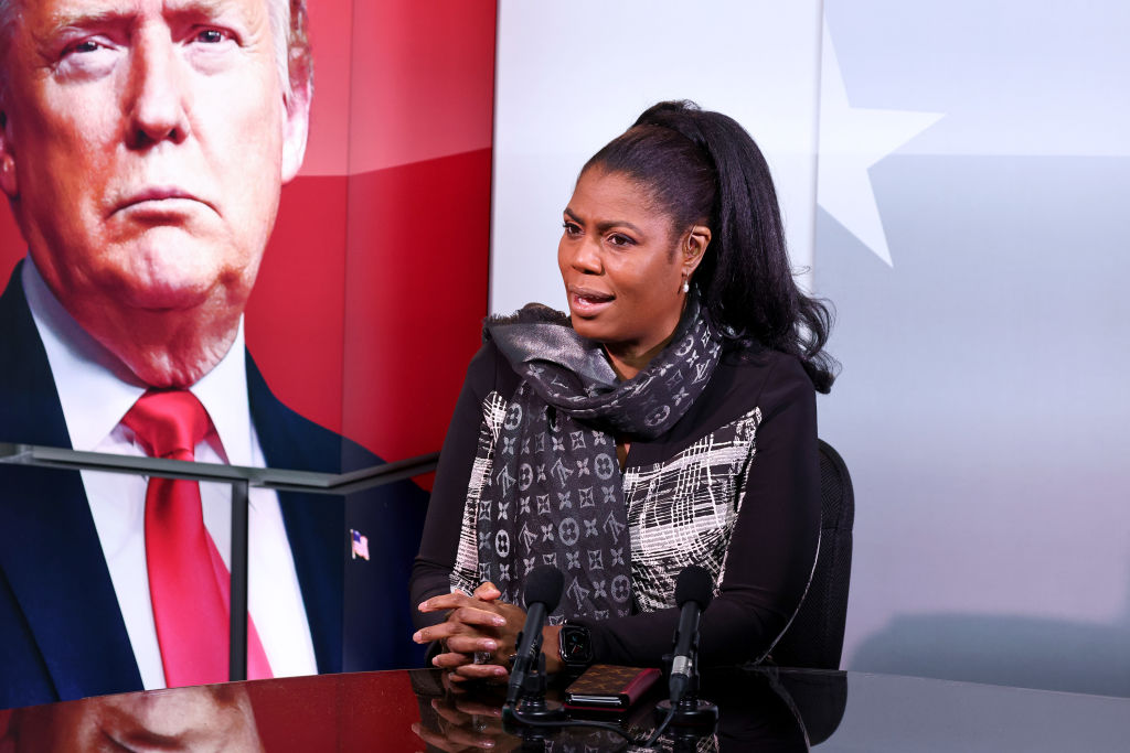 Omarosa Gets A Win In Battle With Donald Trump About N.D.A. Agreement