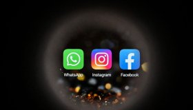 RUSSIA-INTERNET-FACEBOOK-WHATSAPP-INSTAGRAM-OUTAGE