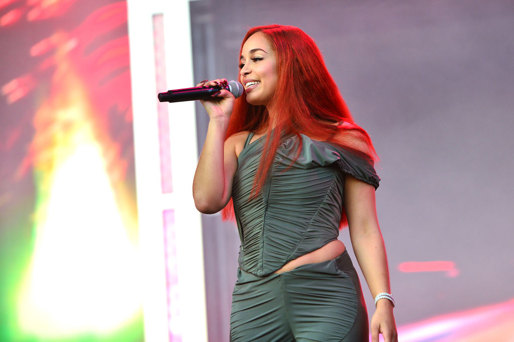 Twitter Debates If Jorja Smith Can Sing After Old Clip Resurfaces
